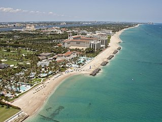Sunny Suite Penthouse With View Of The Breakers In Town Of Palm Beach