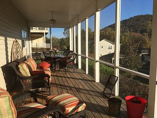 Huge screen porch to enjoy lake and mountain views!