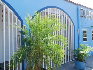 Amazing solution for 10/12 people - two separate apt - close to arpt and beaches
