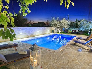 New villa with pool! Villa Mediterraneo