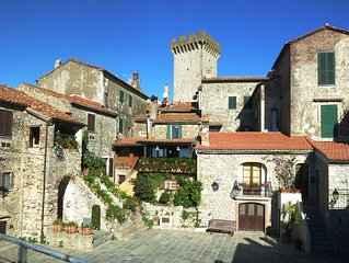 HOLIDAY HOUSE IN A Sandrucci CAPALBIO IN TUSCANY MAREMMA