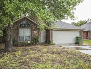 Great Location! Only 5-10 minutes from Kyle Field!