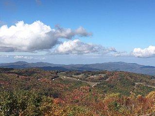 Breathtaking View Atop Beech Mountain, 4 Bdrm/3 Bath, Sleeps 10, WiFi