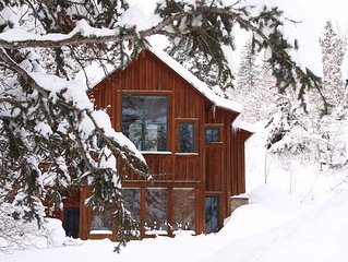 Beautiful Sundance Cottage - closest to Resort lifts & restaurants