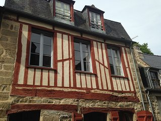 3 bed 3 bathroom half timbered house on rue du petit fort close to dinan port