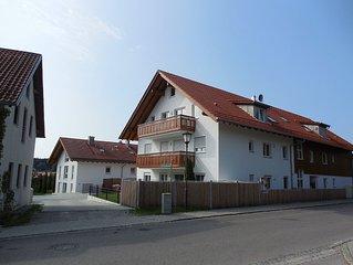 großräumige barrierefreie Wohnung mit Balkon und Aufzug mit Bergblick