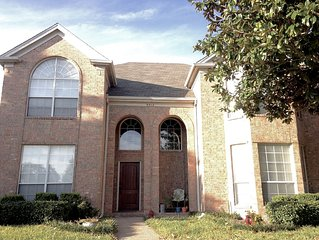 In the Heart of Frisco! Great Home for Family, Friends and Vacationers
