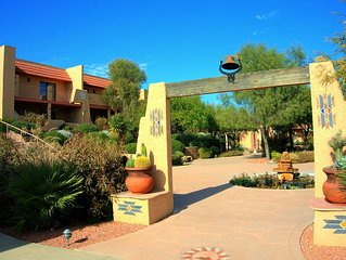 Quiet Beautiful 2 Bed/1.5 Bath View Condo! In unit Washer/Dryer, A/C, BBQ, Pool
