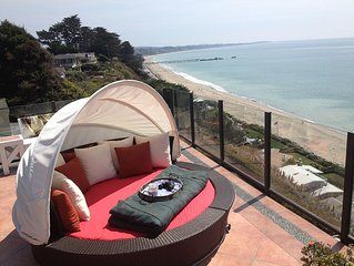 Panoramic Ocean Views From Penthouse Studio Flat Above 100' Cliff!