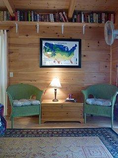 Sitting Area-Bedroom 2