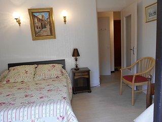 charmant appartement  F1 en residence tout confort ideal pour cure et vacance.