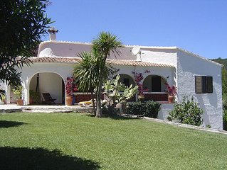 Beautiful villa on hillside in tranquil area with outstanding views at Oliva Bay