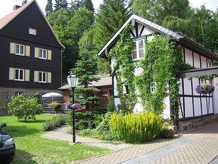 Ferienhaus Hirschgrund -Ubernachtung im alten Fachwerkhaus