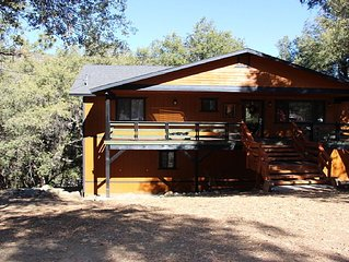 Large cozy Pine Mountain Club Cabin! - Newly Remodeled !