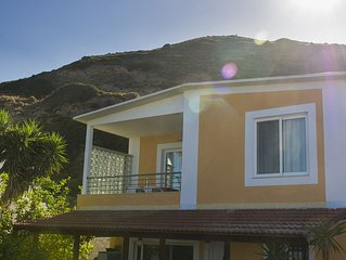 Luxury 2bedroom house with seaview.