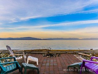 A Family's Paradise on Parksville's Best Beach...