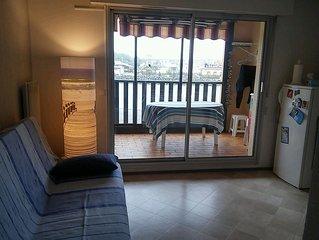 appartement T2 300 metres de l'ocean, vue sur le port