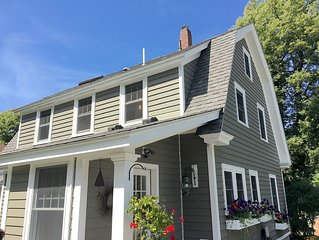 Charming gem in a wonderful, quiet neighborhood in Rockland!