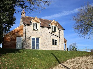 Peaceful, scenic,cosy cottage near Wells and Frome