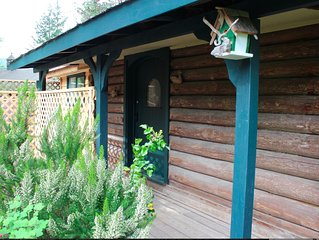 100 Year-Old Log Cabin Lovingly Restored - With New Bathroom And Kitchenette