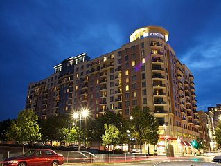 National Harbor 3 Bedroom Deluxe w/ Balcony