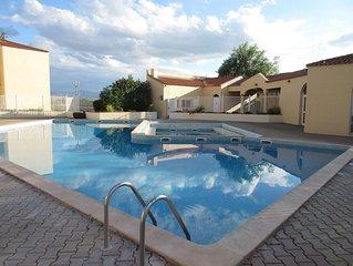 Appart avec terrasse a La Mer,acces piscine&tennis a CANET ROUSSILLON
