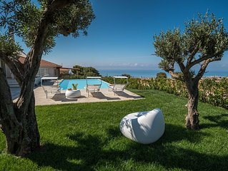 Villa Castellana, Elegante Villa moderna con piscina privata infinity vista mare