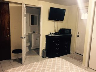 Private Room with Bathroom 15 min from Manhattan, New York in New Jersey