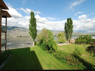 Osoyoos Lakefront Luxury Condo - Private Beach, Pool with Dock and Boat Buoy
