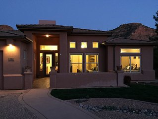 Beautiful Home with Pool near Zion, Grand Canyon, etc.