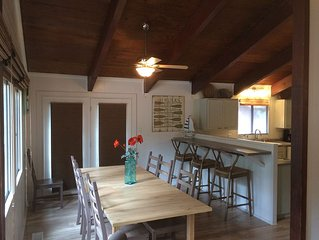 Charming Tahoe Cabin - Great location, 5 minutes from Heavenly Valley