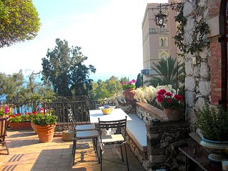 CASA OASI with terrace and view.