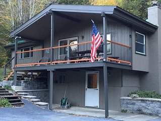 A Mountainside Retreat - Family Ski House At Sugarbush