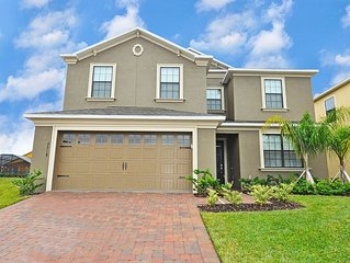 Beautiful 6 Bed Pool Home At Providence Resort