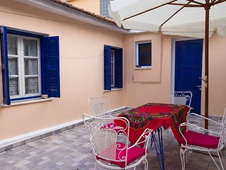 Traditional  Central 3 Bedroom House & Garden