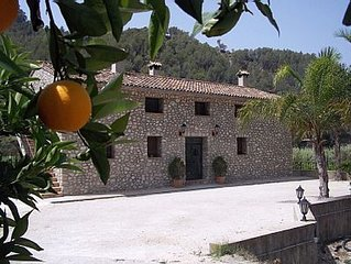 Beautiful apartment (3) in the mountains, ideal to escape but close to the sea