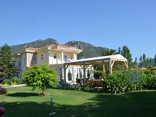 Luxury Villa With 360 Degree Mountain Views Beyond The Surrounding Orchards