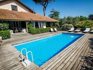 Villa pieds dans l'eau posizione unica con spiaggia privata sul lago vicino Roma