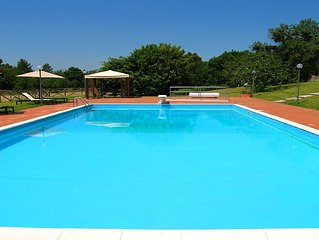 Vallocchia Villa + Lodge, large pool with diving board, Rome 1 hr
