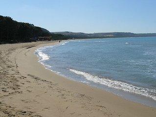 Case vacanza con piscina e giardino, vicine al mare e collegate benissimo.......