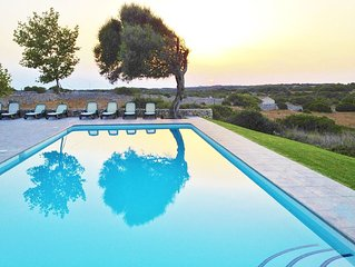 COUNTRY HOUSE SANT JOAN LLOC FOR 11 PEOPLE WITH SPECTACULAR VIEWS