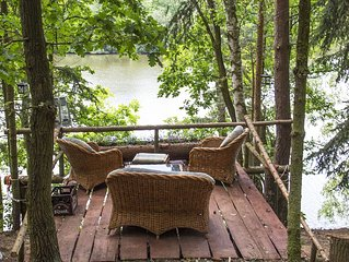The Hideaway Ash Log Cabin at Trnavka lake, forest and mountains,pet friendly