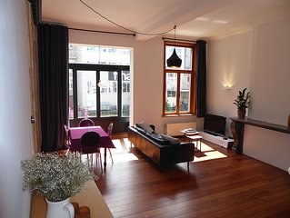 Prachtig appartement aan de rivier in het historisch centrum