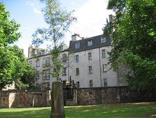 Quiet Edinburgh city centre retreat