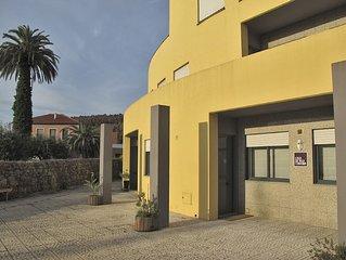 A Casa da Vila Cerveira e um apartamento, situado a 60 metros do centro.