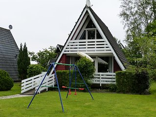The family-friendly Villa Linus is in a closed holiday park