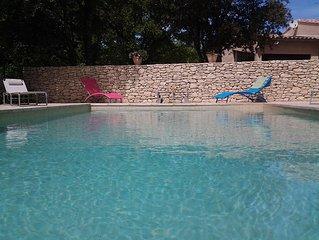 villa avec piscine 'la Fourmi' en Provence Luberon, 4 personnes, 3 etoiles