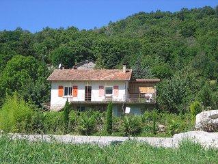 Maison independante dans parc naturel, Riviere 5 min a pied