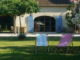 Appartement tout confort dans mas provencal avec grande piscine