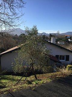 Villa MAITEN ETXEA, 12 couchages, quartier calme de SAINT JEAN DE LUZ.
